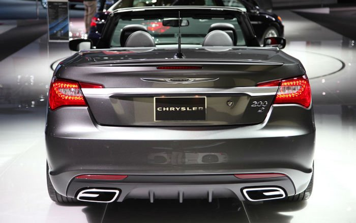 TOTD: What Does the 2015 Chrysler 200 Convertible Need to ...  |2016 Chrysler 200 Convertible