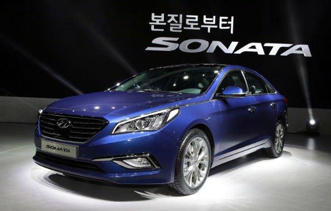 2016 Hyundai Sonata Pictures