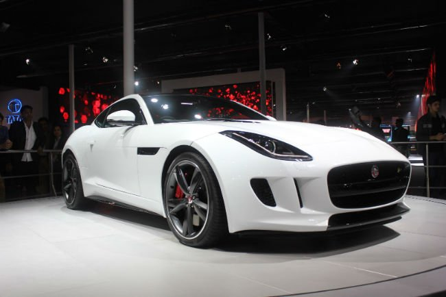 2016 Jaguar F-Type White