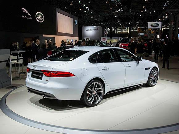 2016 Jaguar XF Sedan