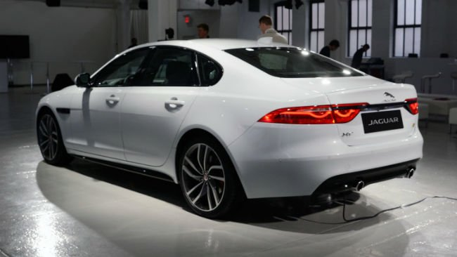 2016 Jaguar XF Video