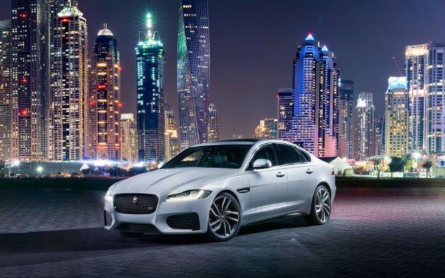 2016 Jaguar XF Wallpaper