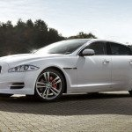 2016 Jaguar XJ Wallpaper