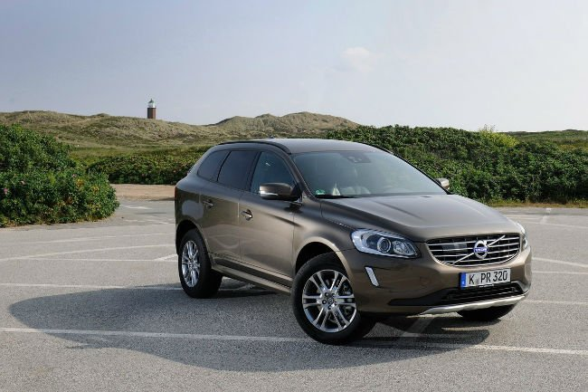 2016 volvo xc60 t6 r design. Black Bedroom Furniture Sets. Home Design Ideas
