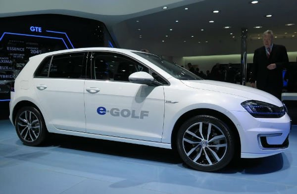 2015 Volkswagen e-Golf Model