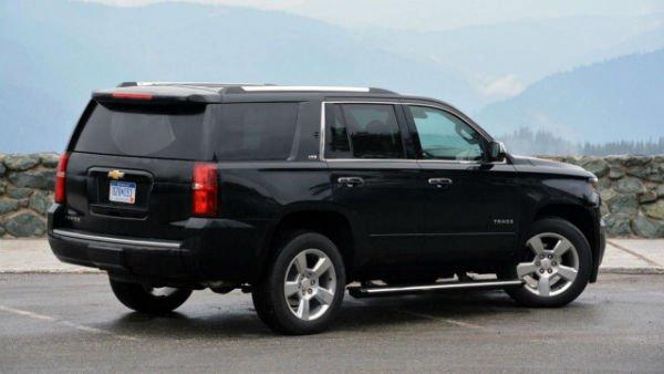 2016 Chevrolet Tahoe (Black)