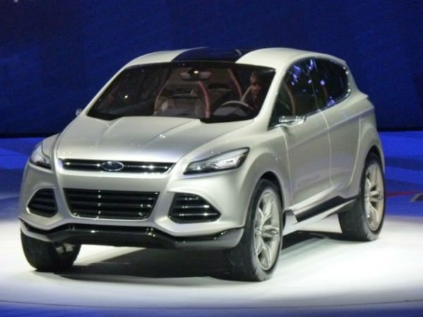 2016 Ford Escape Hybrid Model