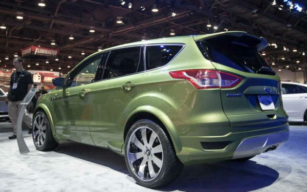 2016 Ford Escape Titanium Model