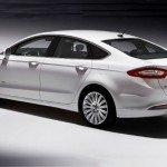 2016 Ford Fusion Energi (White)