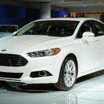 2016 Ford Fusion (White)