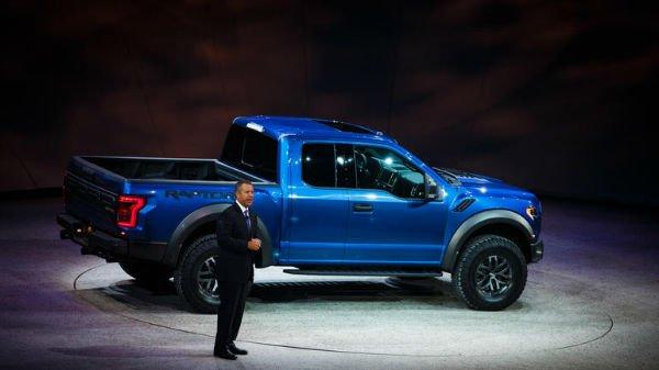 2016 Ford Raptor (Blue)