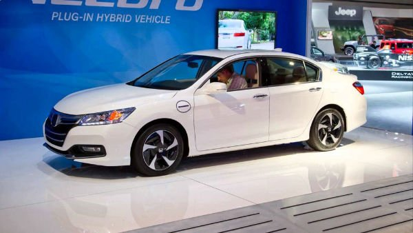 2016 honda accord coupe white. Black Bedroom Furniture Sets. Home Design Ideas