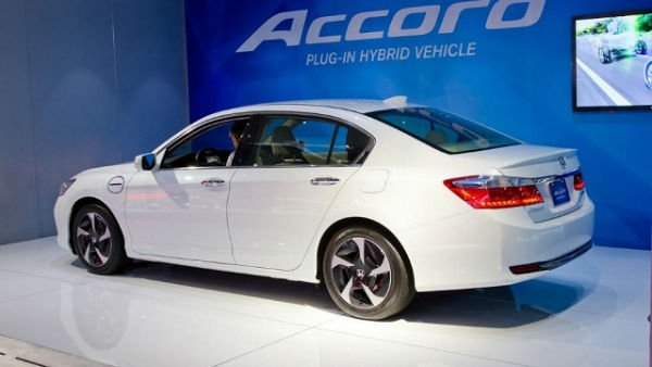 l new in honda launch delhi festive season hybrid news model might looks identical auto during car expo quite accord the was showcased india that