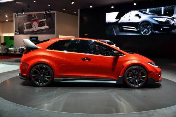 2016 Honda Civic Hatchback USA