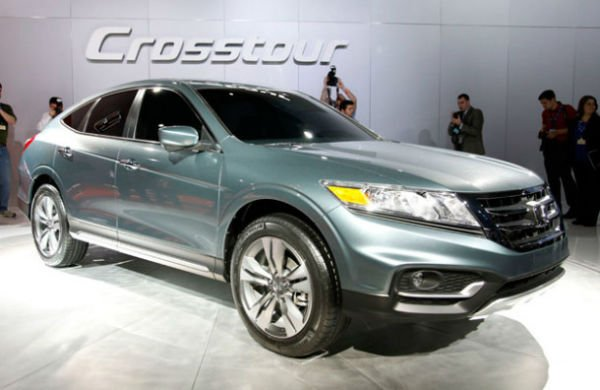 2016 Honda Crosstour Pictures