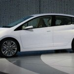 2016 Honda Insight (White)