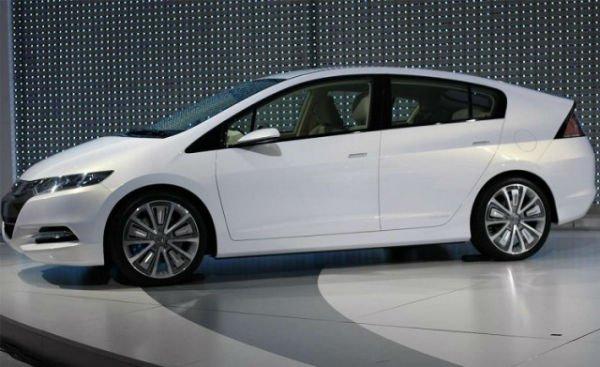 2016 Honda Insight (White)