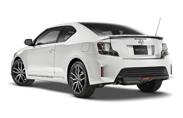 2016 Scion TC White