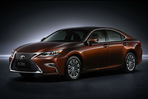 2016 lexus es 350 changes. Black Bedroom Furniture Sets. Home Design Ideas