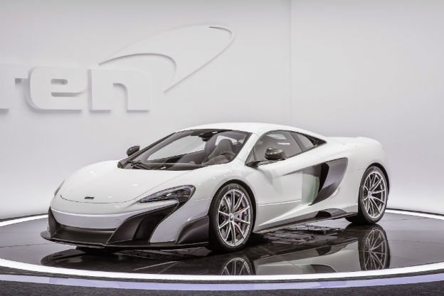 2016 McLaren 675LT First Look