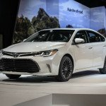 2016 Toyota Avalon Limited Off-Road