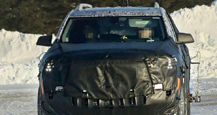 2017 GMC Terrain Spy Photos