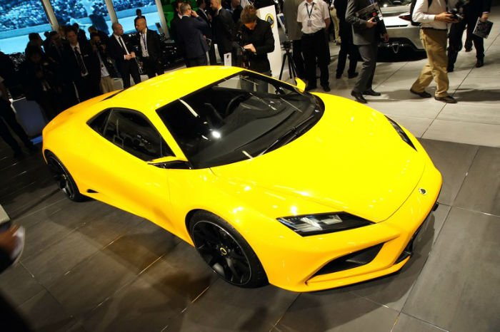 2017 Lotus Evora Yellow