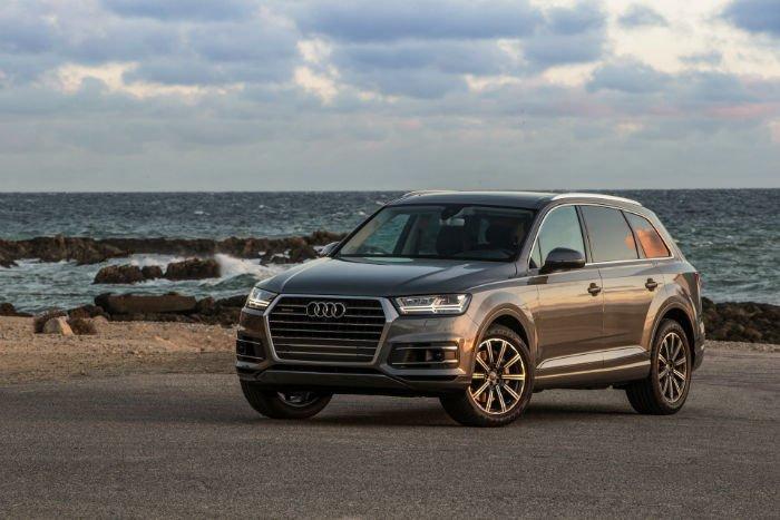 2017 Audi Q7 Images