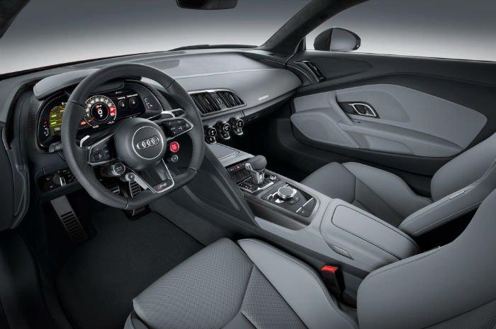 2017 Audi R8 V10 Plus Interior
