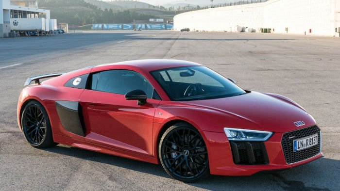 2017 Audi R8 v10 +