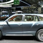 2017 Bentley SUV Model