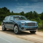 2017 Bentley SUV Wallpaper