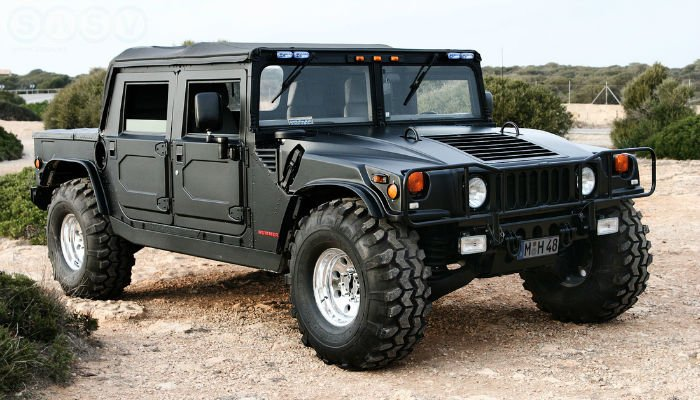 2017 Hummer H1 Black
