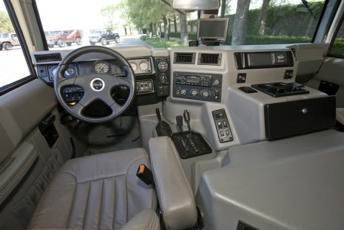 2017 Hummer H1 Interior