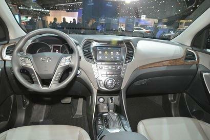 2017 Hyundai Santa FE Limited Interior