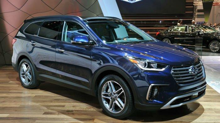 Hyundai santa fe models 2017