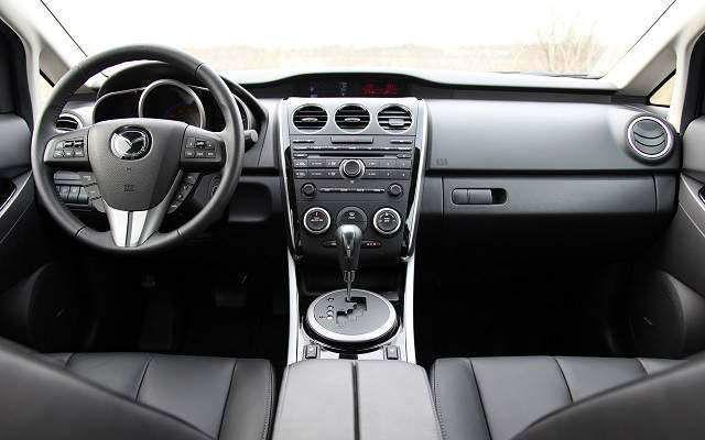 2017 Mazda CX-7 Interior