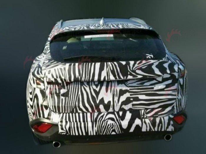 2017 Mazda CX-7 Spy Photos