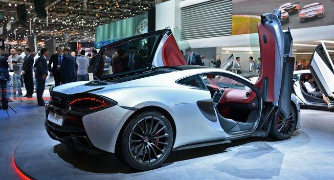 2017 McLaren 570GT Doors