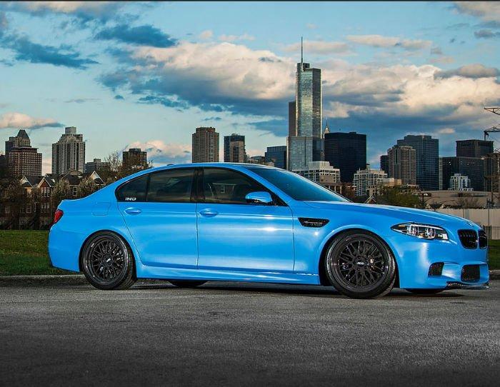 2017 BMW M5 Wallpaper