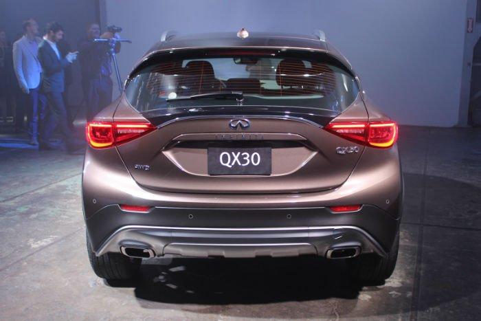 2017 Infiniti QX30 Exhaust