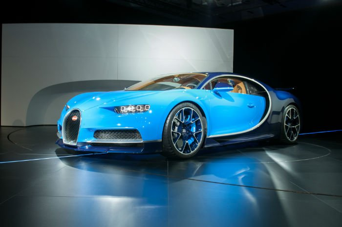 2017 Bugatti Chiron First Look