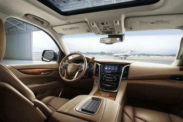 2017 Cadillac Escalade Interior