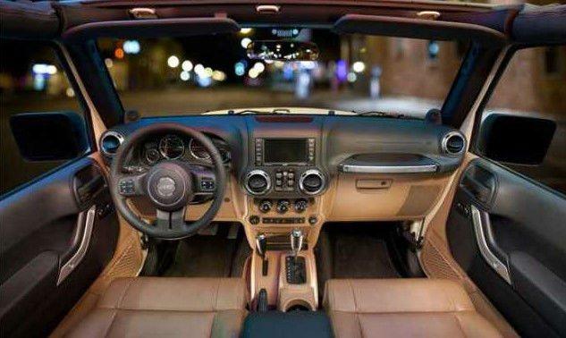 2017 Jeep Scrambler Interior