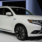 2017 Mitsubishi Outlander PHEV Model