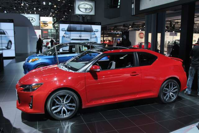 2017 Scion tC Model