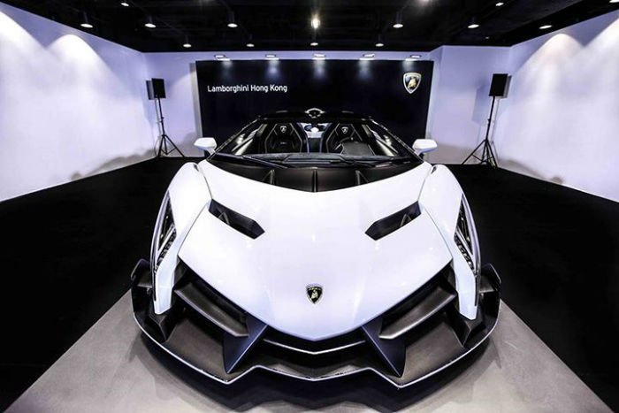 2017 Lamborghini Veneno Facelift