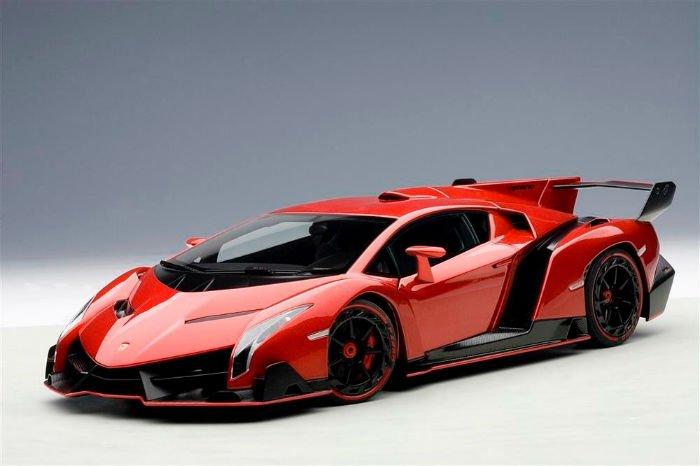 2017 Lamborghini Veneno Red