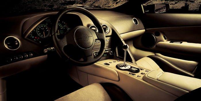 Lamborghini Diablo Interior