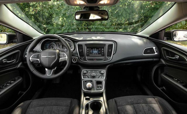 2017 Chrysler 200 Interior